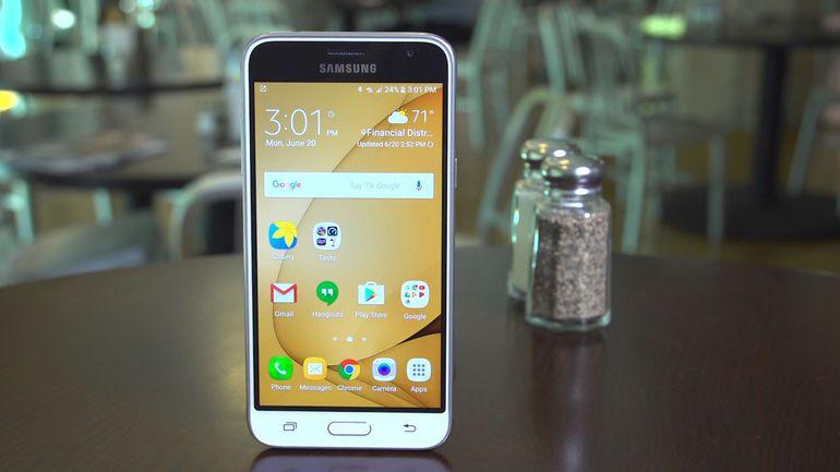 Cambiar el almacenamiento predeterminado en Samsung J3 1