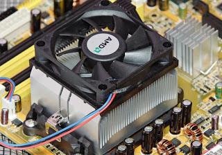 Si la temperatura del procesador es alta y demasiado alta