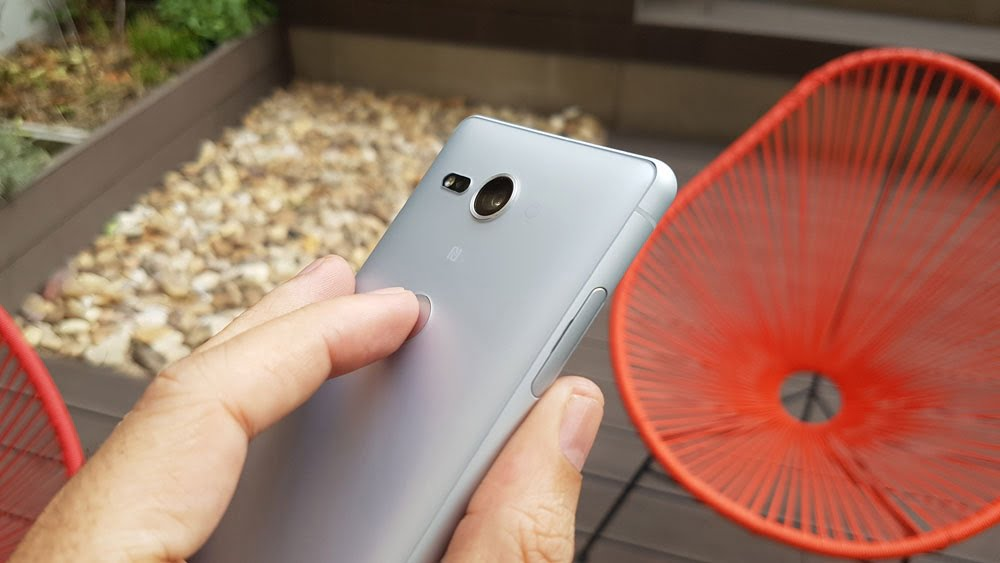 como hacer que el lector de huellas dactilares de su telefono inteligente android sea mas preciso