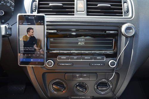 agregue bluetooth en el automovil y en la radio del automovil