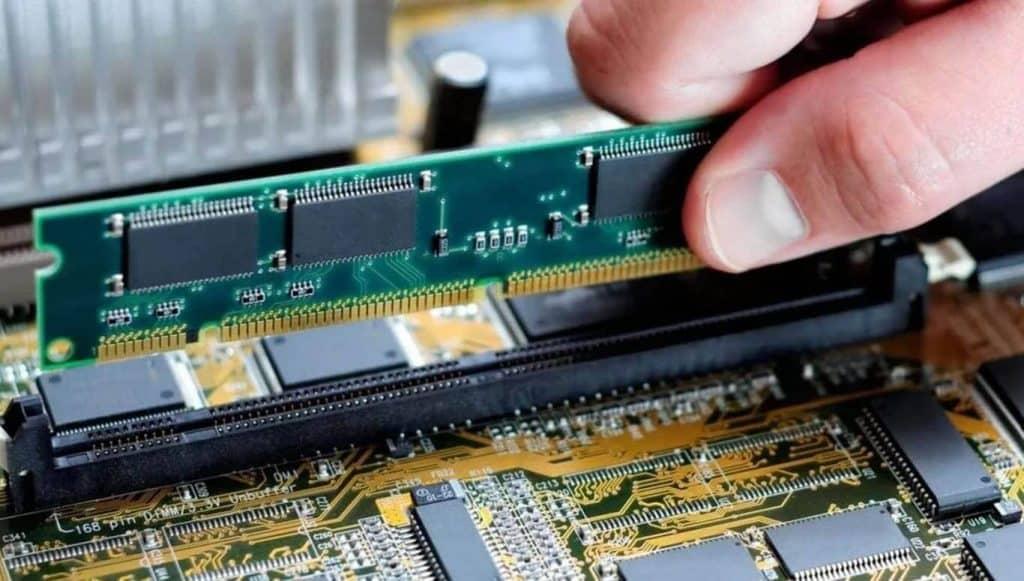 como aumentar la ram y agregar nueva memoria a su computadora