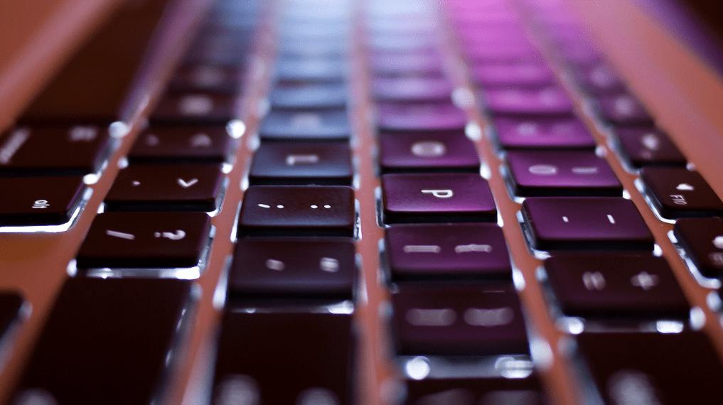el teclado se ha vuelto loco y las teclas no funcionan que hacer